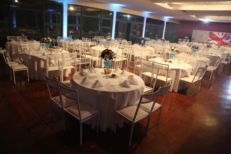 Buffet Debutante Caieiras - Festa de 15 Anos Neon