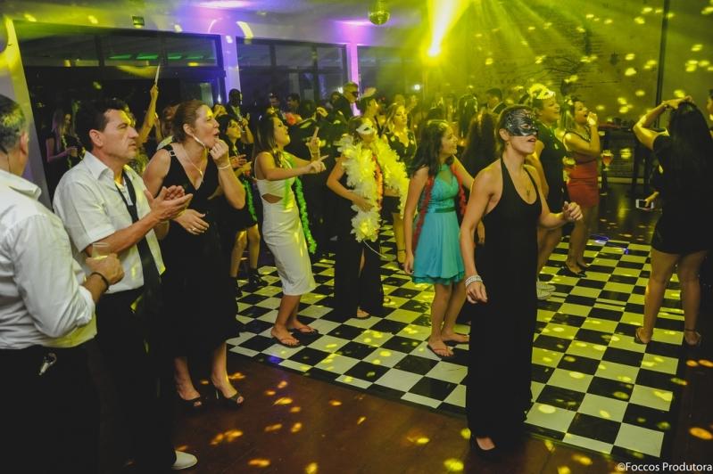 Festa e Debutante Orçamento Chora Menino - Festa de 15 Anos Neon