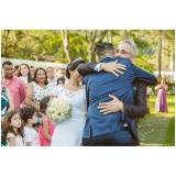 festa de casamento ao ar livre